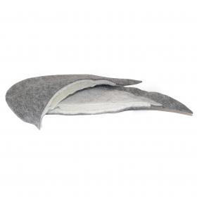 P22 - Shoulder Pads (Large, Tail, Felt with Foam)